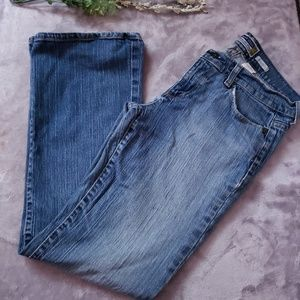 Old Navy boot cut jeans. Size 6 Shorts